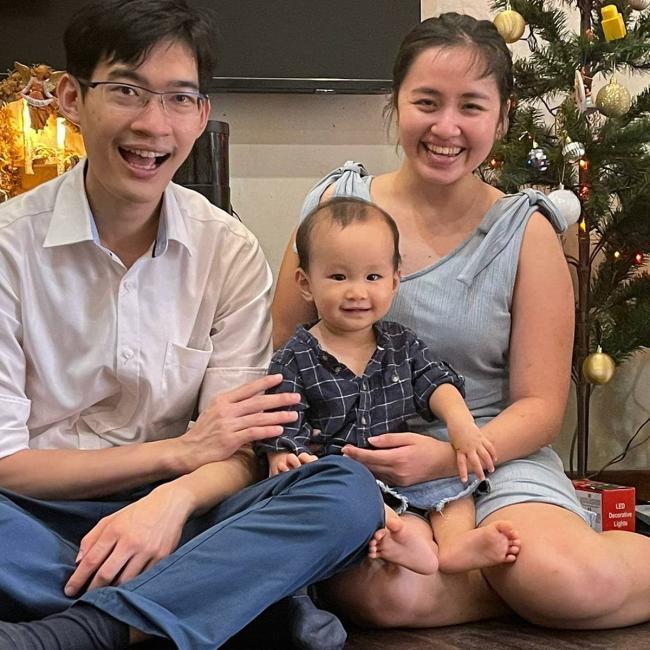 Babysitting job in Singapore: Victoria
