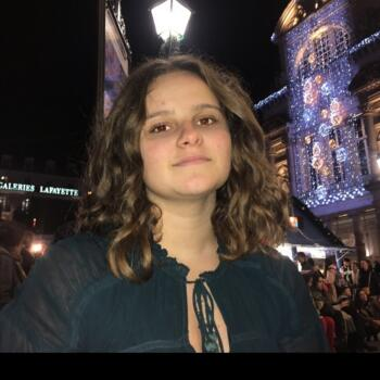Baby-sitter in Angers: Louna