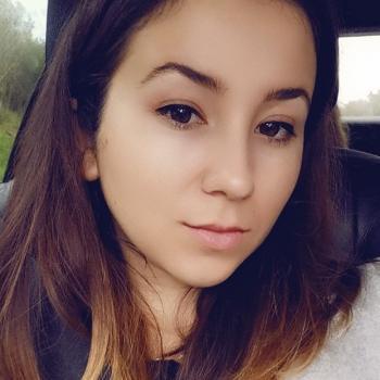Babysitter Dundalk: Romina