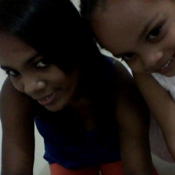 Babysitters em Faro: Luziana