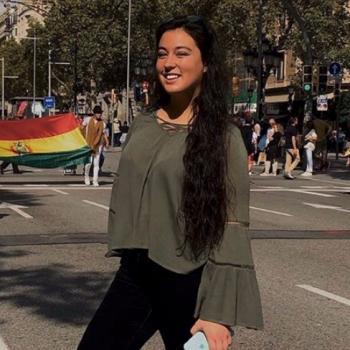 Babysitter Barcelona: Júlia