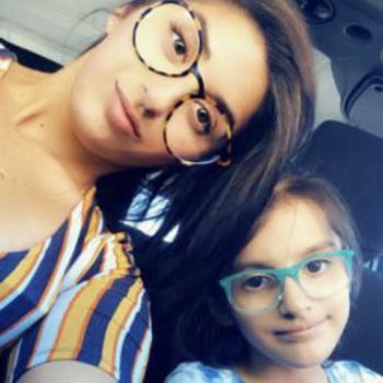 Babysitter Phoenix: Manal