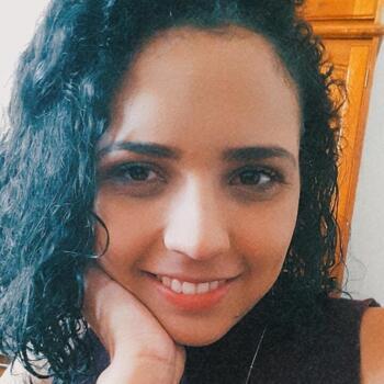 Babysitter em Vila Nova de Gaia: Lays