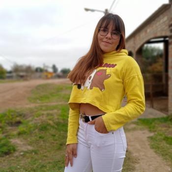 Babysitter in Luzuriaga: Daiana