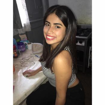 Trabajo de niñera Buenos Aires: trabajo de niñera Lucía