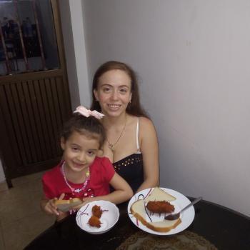Niñera Dos Quebradas: Lina maria