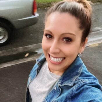 Babysitter in Gold Coast: Rebecca