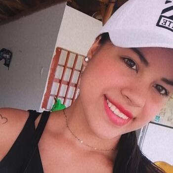 Babysitter in Neiva: Laura Sofía