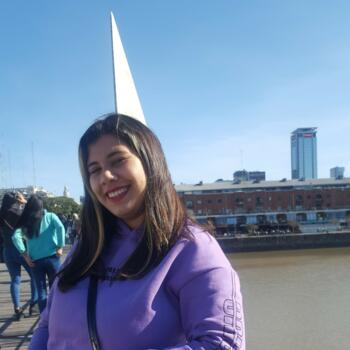 Babysitter in La Plata: Micaela