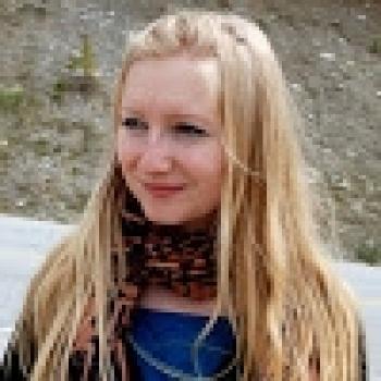 Babysitter Calgary: Eugenia