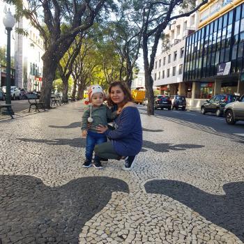 Trabalho de babysitting Lisboa: Trabalho de babysitting Nisha
