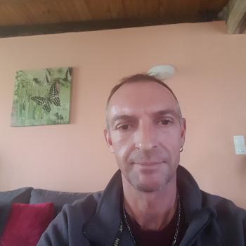 Parent Dornes: job de garde d'enfants Fabien