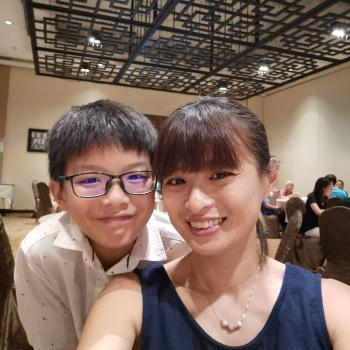 Babysitter Singapore: Shellin