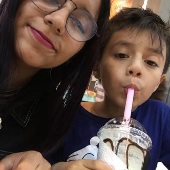 Babysitter Callao: Lina