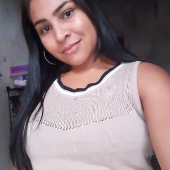 Babysitter Belém: Dinelma