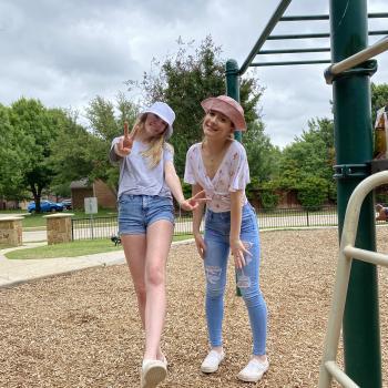 Babysitter McKinney: Laci & Abby