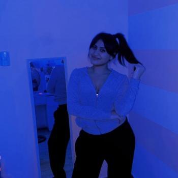 Babysitter Comas: Alejandra