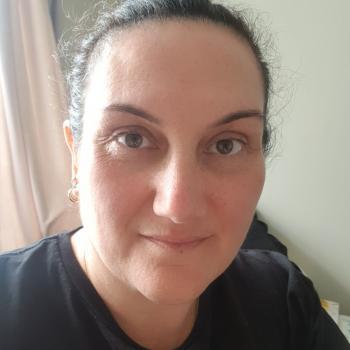 Babysitter in Pukekohe: Veronica