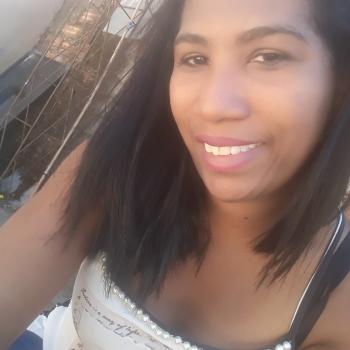 Babá Goiânia: Laura