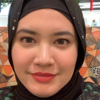 Babysitter Singapore: Ressa