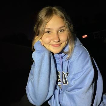Babysitter in Chicopee: Hannah