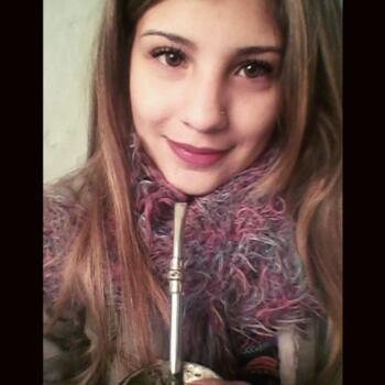 Niñera Garín: Daiana