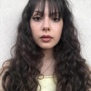 Niñera Pinto: Angela