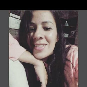 Babysitter in Burzaco: Lorena
