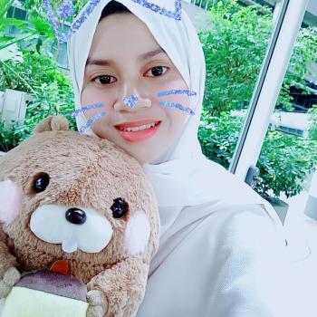 Babysitter Singapore: Nur