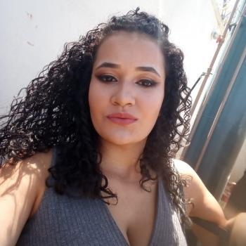 Babá em Ribeirão das Neves: Ingrid