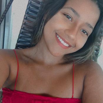 Babá Vila Velha: Krissia