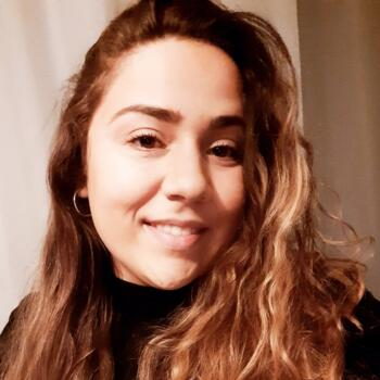 Babysitter in Aveiro: Cíntia Vanessa