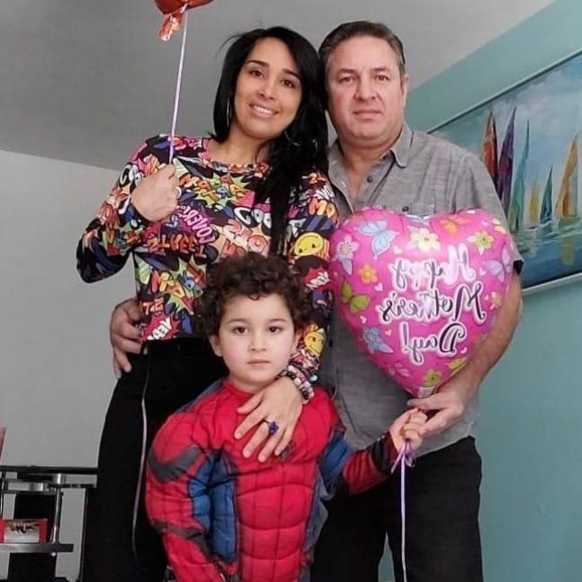 Babysitter in Union City: Alejandra