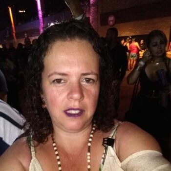 Babá em Juiz de Fora: Maria Luiza