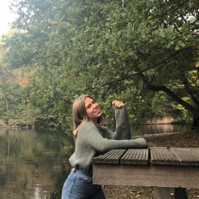 Babysitter in Mortsel: Ilana