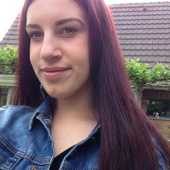 Babysitter Zwevezele: Axana