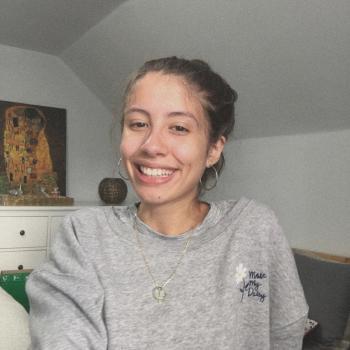 Niñera San Carlos: Angeline