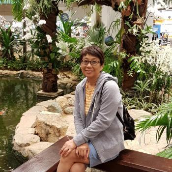 Babysitter Singapore: Barbara
