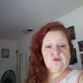 Babysitter Chicago: Gina