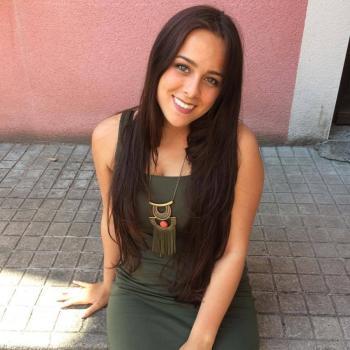Babysitter Lisbon: Jade