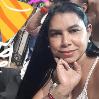 Niñera Bello: Jeiny