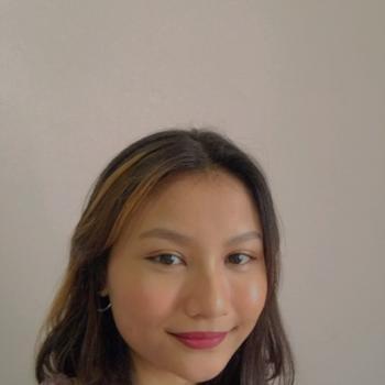 Babysitters in Singapore: Shahidahtul