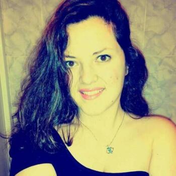 Niñera Oviedo: Jennifer