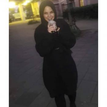 Oppas Den Haag: Amina