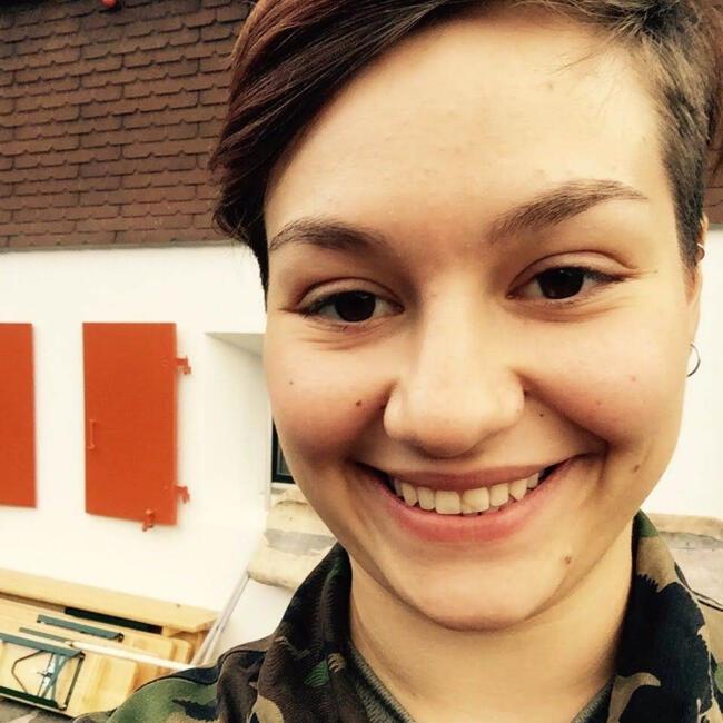 Baby-sitter in Riehen: Saskia