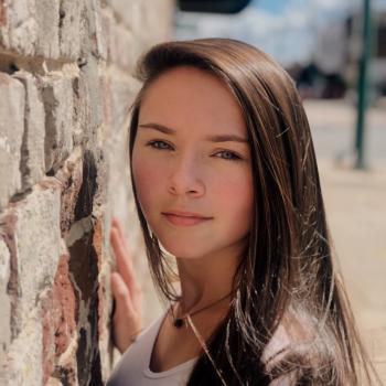 Babysitter in Wilson: Madison Honeycutt