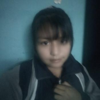 Niñera en Huancayo: Camish