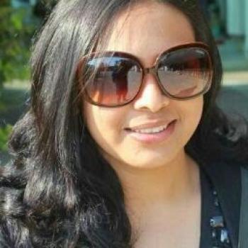Babysitting job in Singapore: babysitting job Preeti