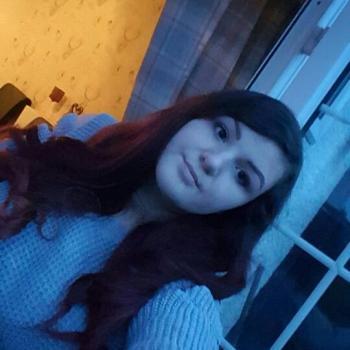 Babysitter Bradford: Jodie-leigh