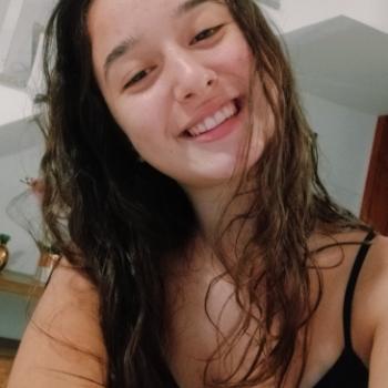 Babá Joinville: Leticia